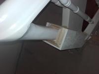 Szlifowane-schody-samonośne-malowane-biała-i-czarną-farbą-poliuretanową1