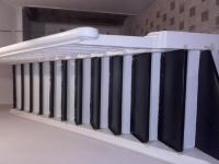 Szlifowane-schody-samonośne-malowane-biała-i-czarną-farbą-poliuretanową18