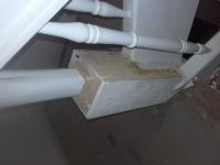 Szlifowane-schody-samonośne-malowane-biała-i-czarną-farbą-poliuretanową6