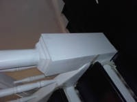 Szlifowane-schody-samonośne-malowane-biała-i-czarną-farbą-poliuretanową9